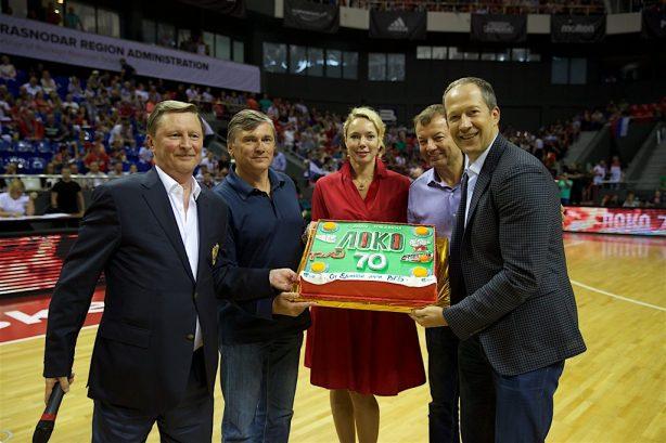 Единая Лига ВТБ: с победой сборная, с днем рождения «Локо»!