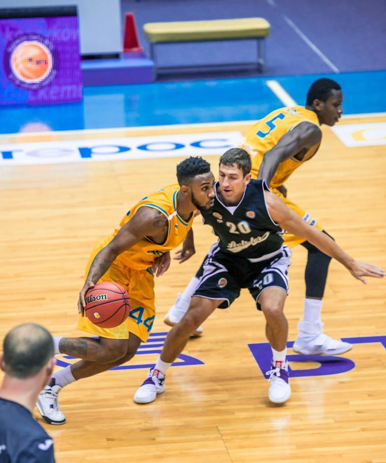 Astana Defeats Avtodor In Season Opener