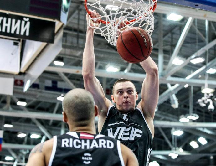 VEF Earns Big Road Win In Nizhny