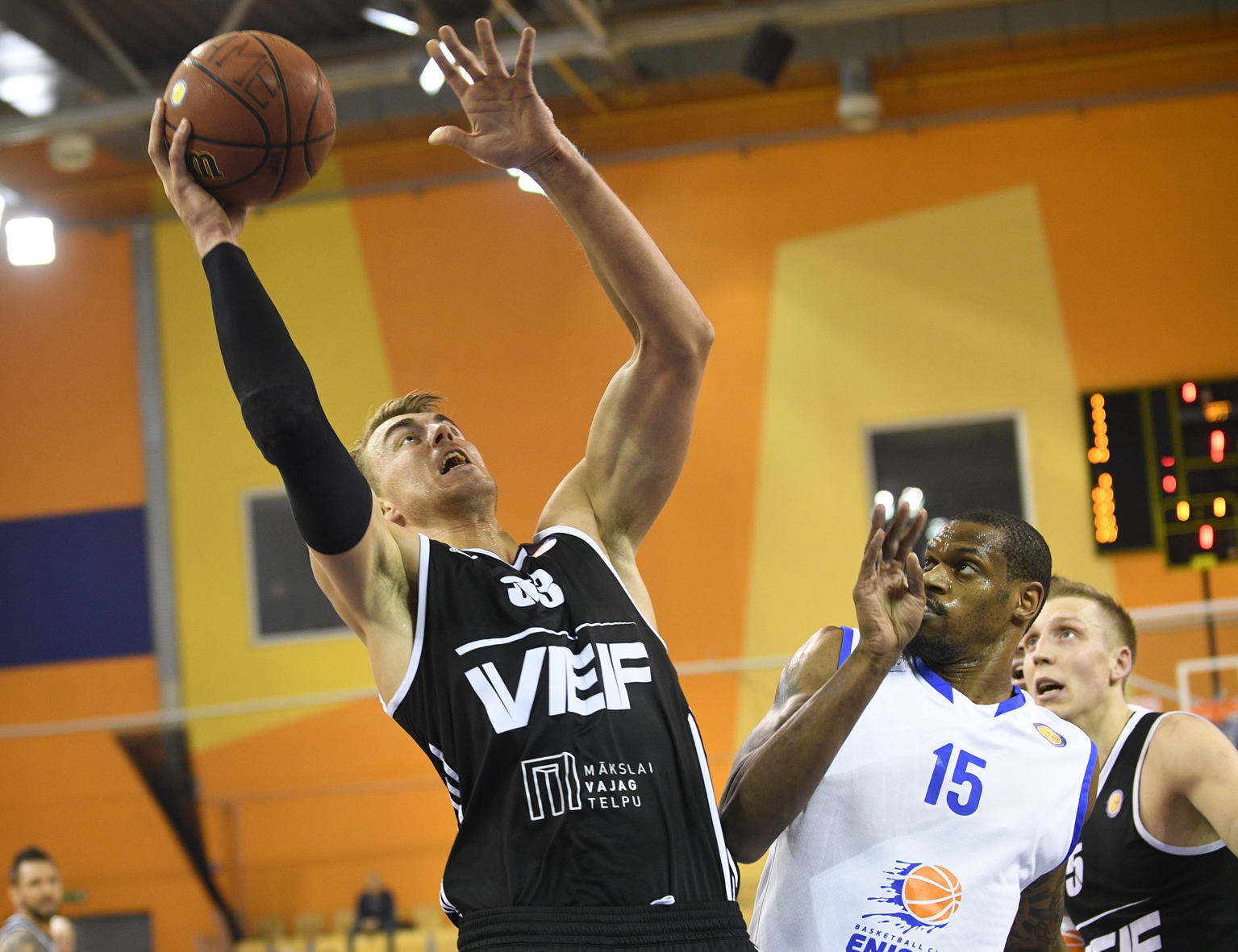 VEF Moves Above .500 At Enisey's Expense