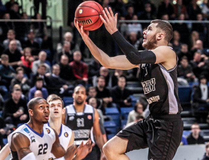 Nizhny Grabs 1st Road Win In Tallinn