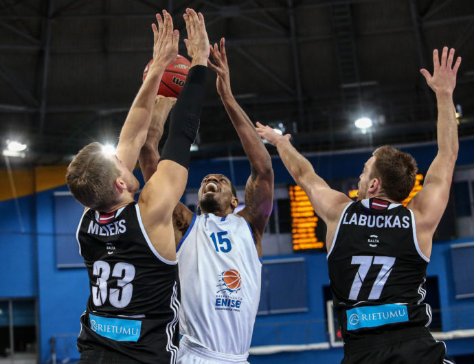 Enisey Routs VEF At Home, Takes Over 6th