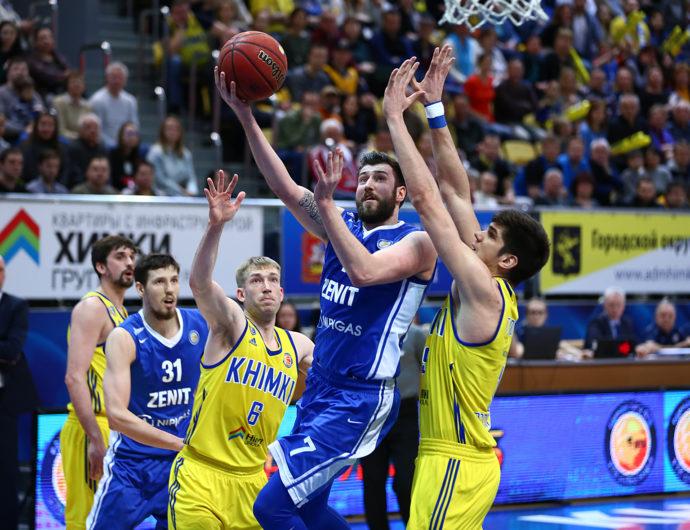 Zenit Downs Khimki Behind Karasev's 23