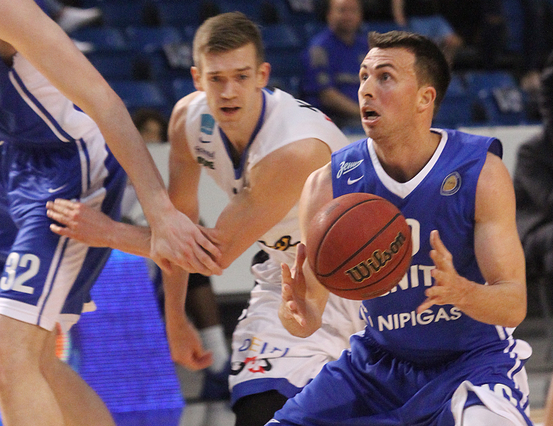 «Зенит» продолжил победную серию серию в Таллине