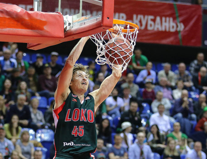 Big-Time Broekhoff Is Back In The Playoffs