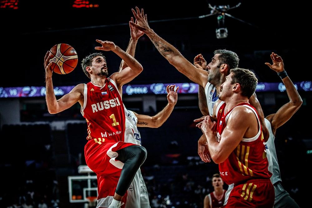 Сборная России пробилась в полуфинал Евробаскета!