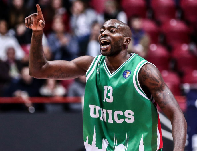 UNICS Cruises In Season Opener