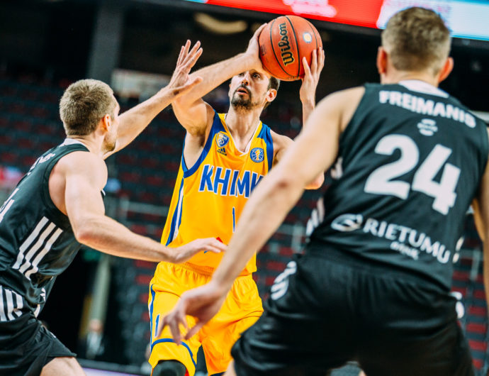 Khimki Erupts In 3rd Quarter To Defeat VEF