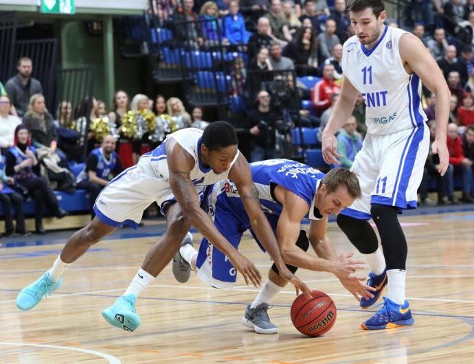 Kuric Catches Fire, Zenit Stops Kalev