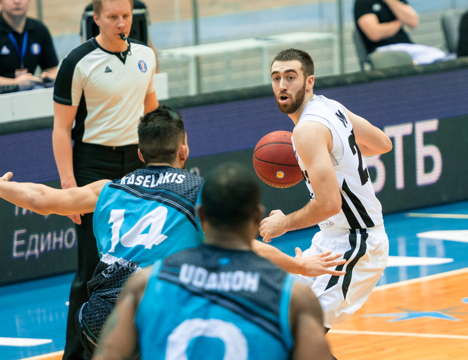 Nizhny Novgorod Knocks Out Astana On The Road