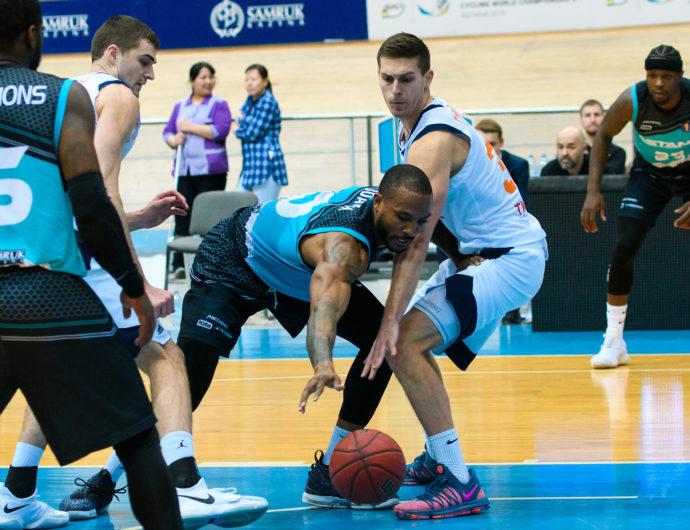 «Астана» побеждает конкурента и укрепляется в зоне плей-офф