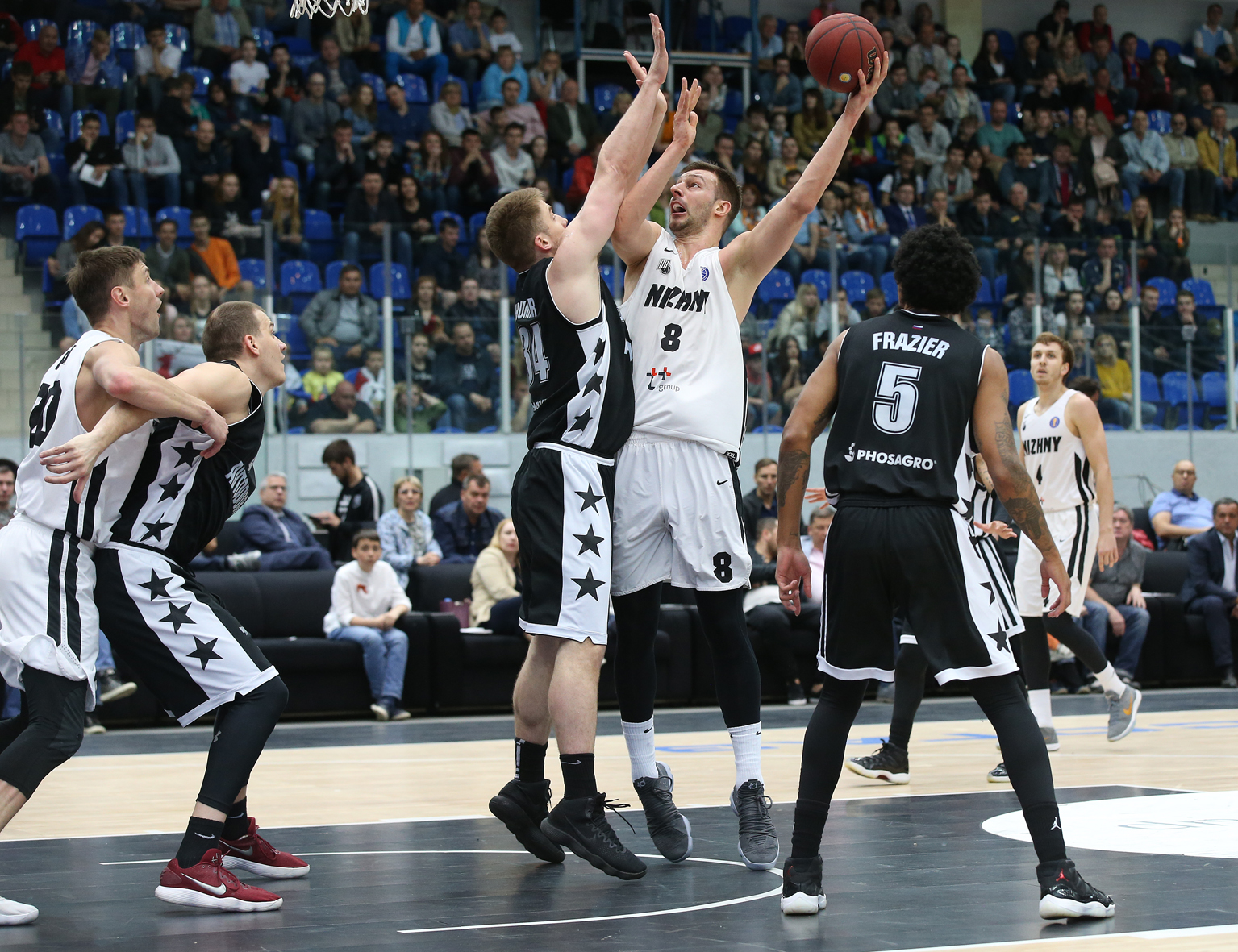 Nizhny Novgorod Punches Playoff Ticket