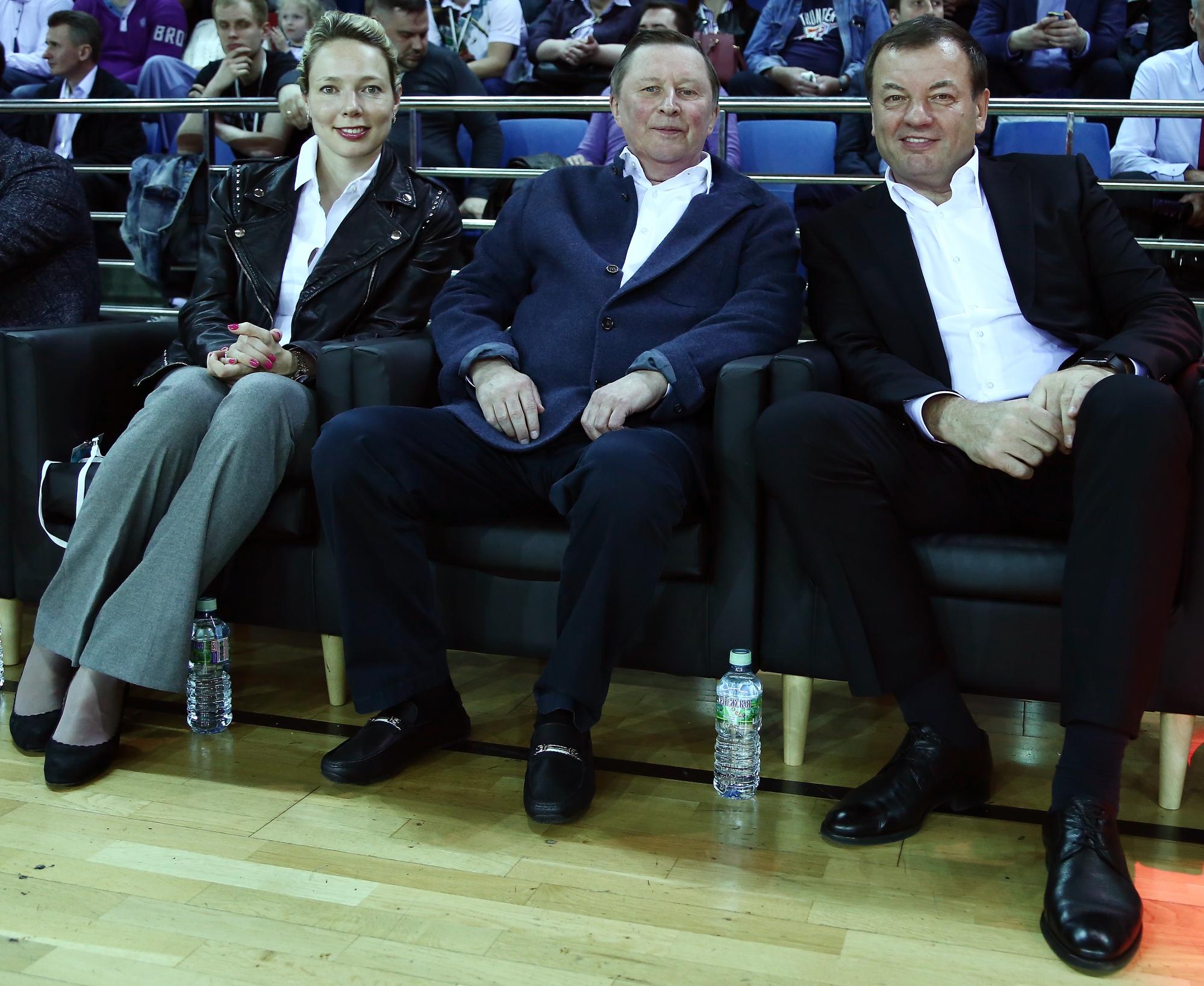 League Executives Attend Belov League Superfinal