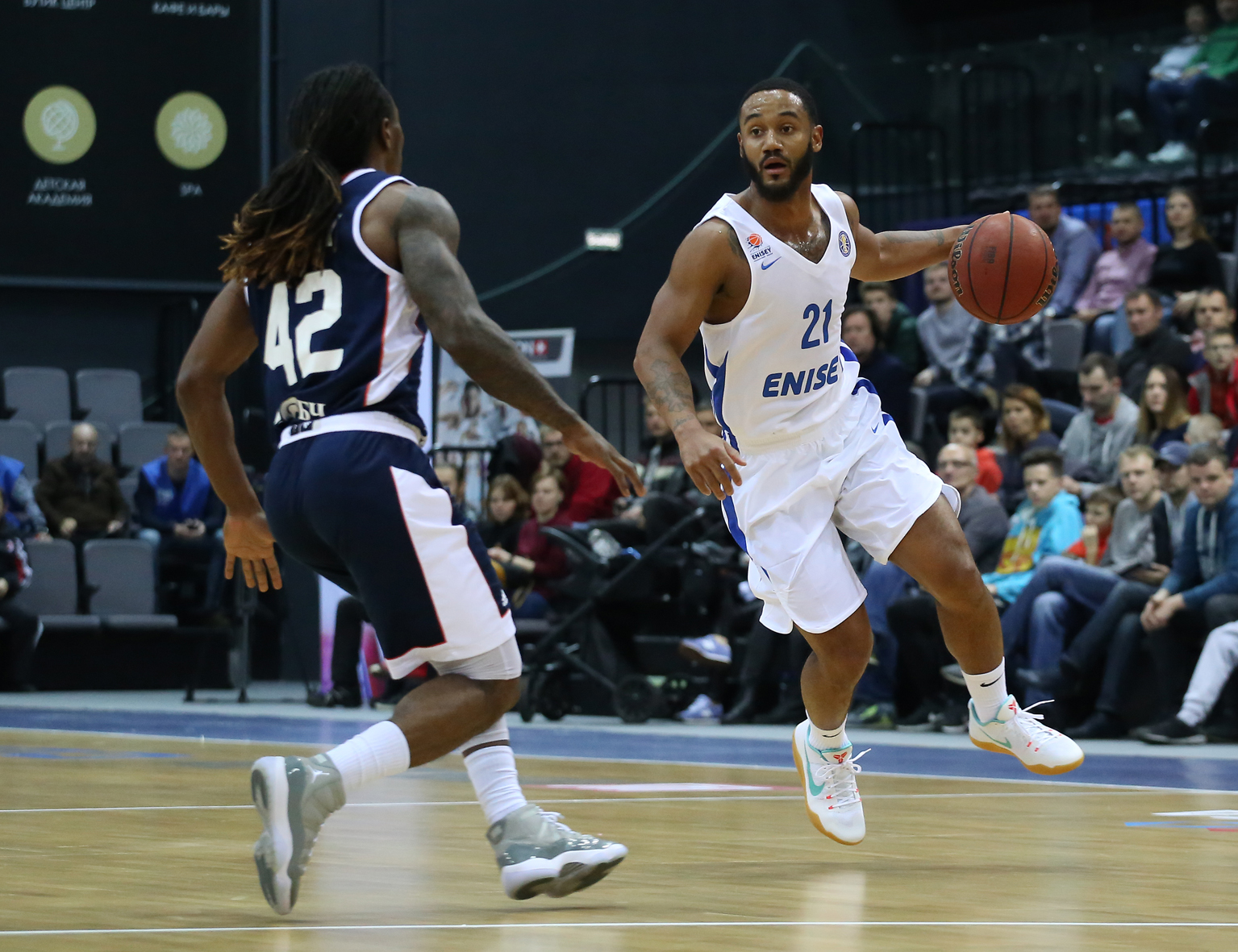 Roberson Erupts, Enisey Extends Tsmoki's Misery