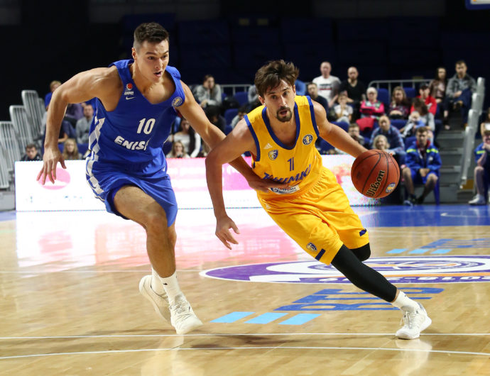 Shved Double-Double Powers Khimki In Krasnoyarsk