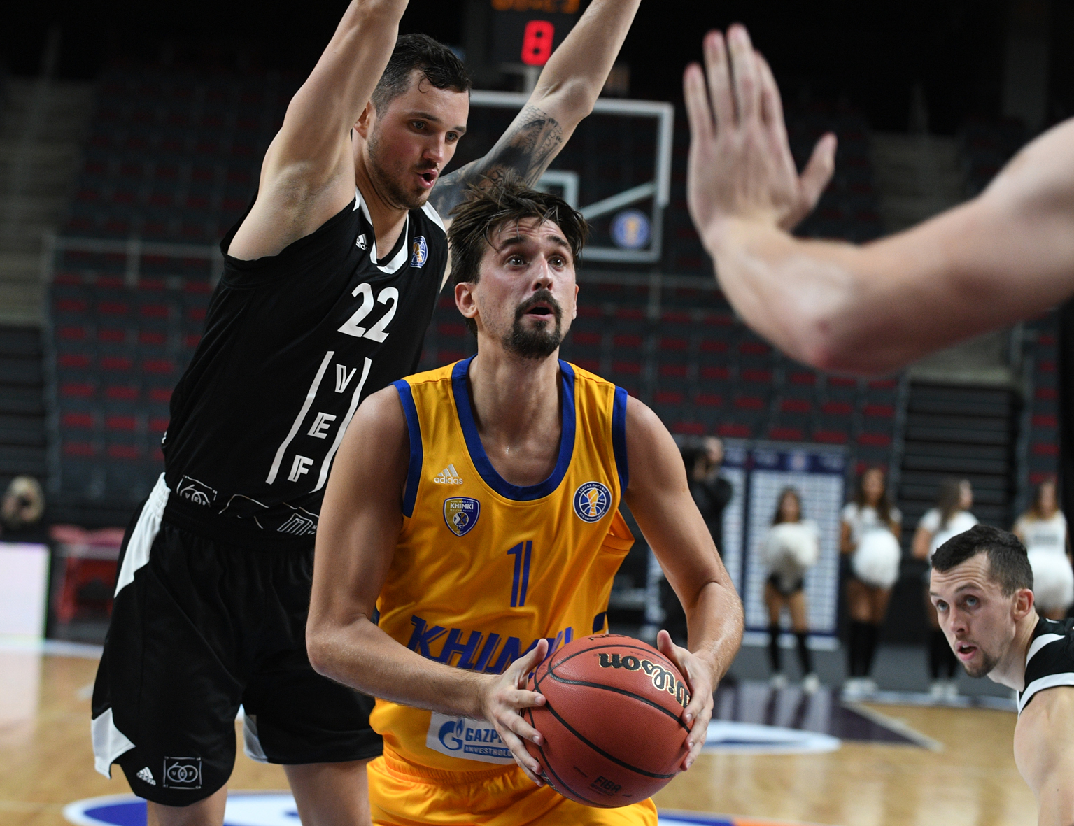 Khimki Buries VEF Early, Shved Scores 23