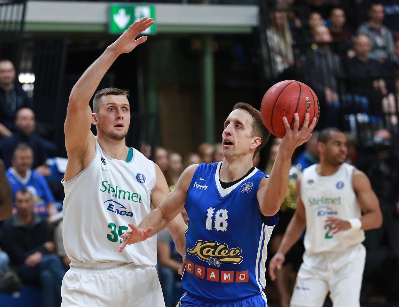 Late Flurry Lifts Kalev Over Zielona Gora