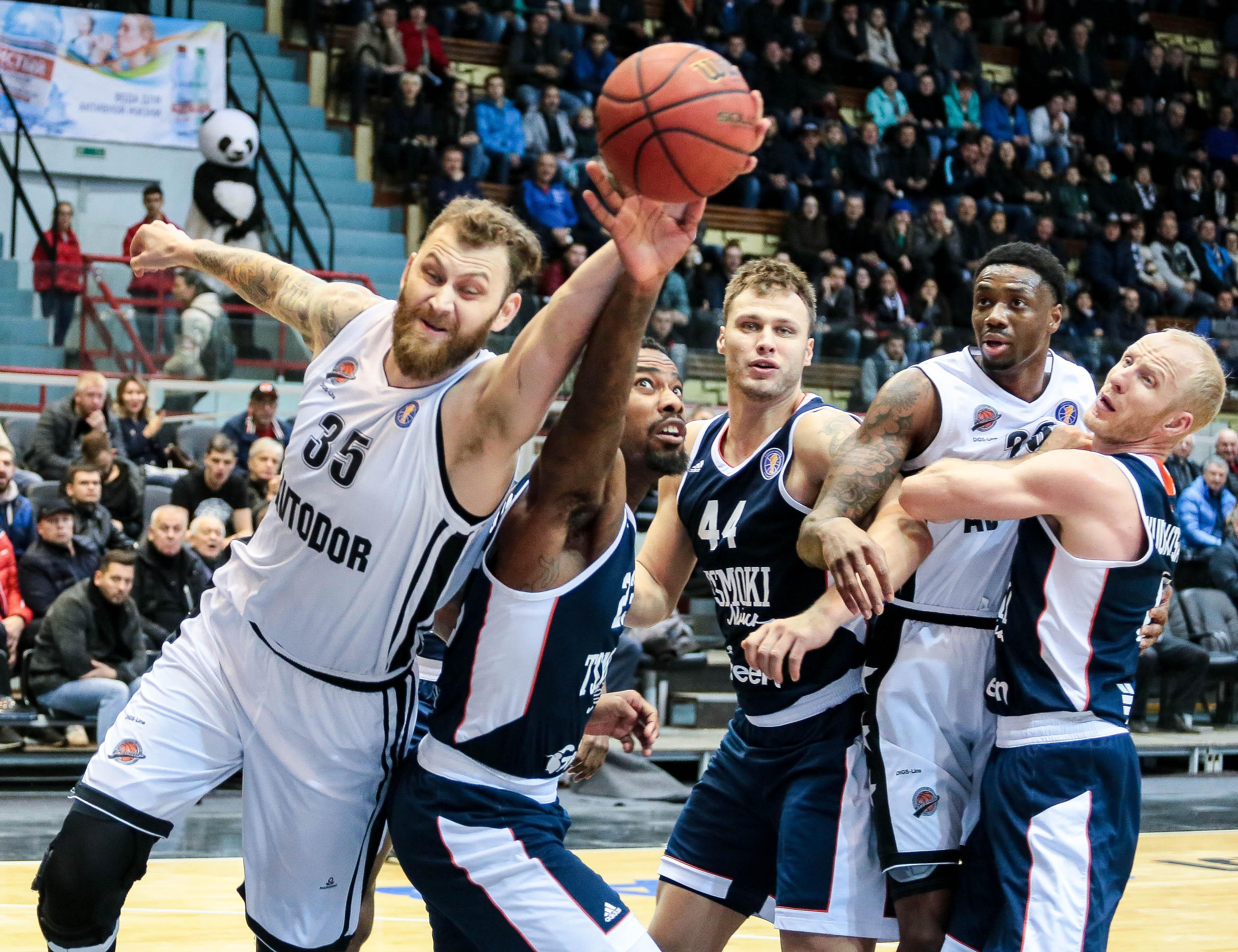 «Цмоки-Минск» одержал первую победу — в Саратове