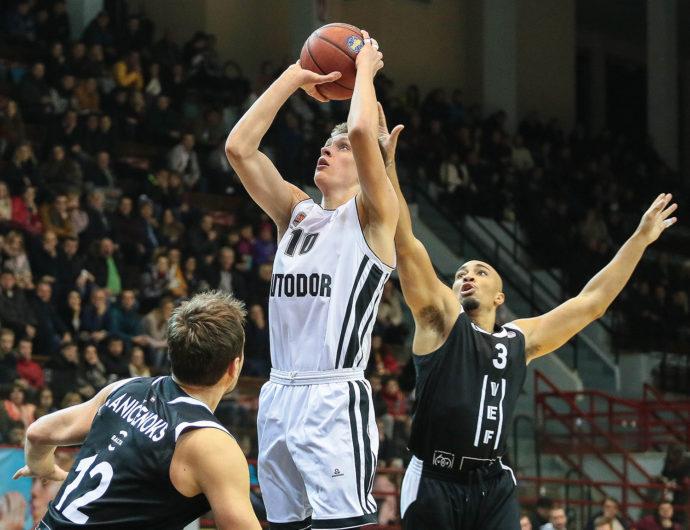 Nikita Mikhailovsky Replaces Alexey Shved On Russian Stars
