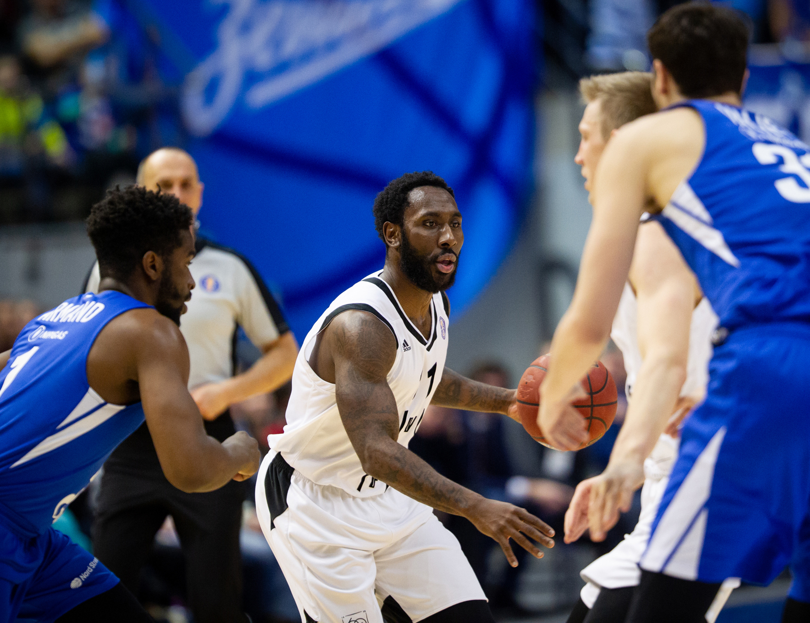 Cosey Delivers In Double OT, VEF Stuns Zenit