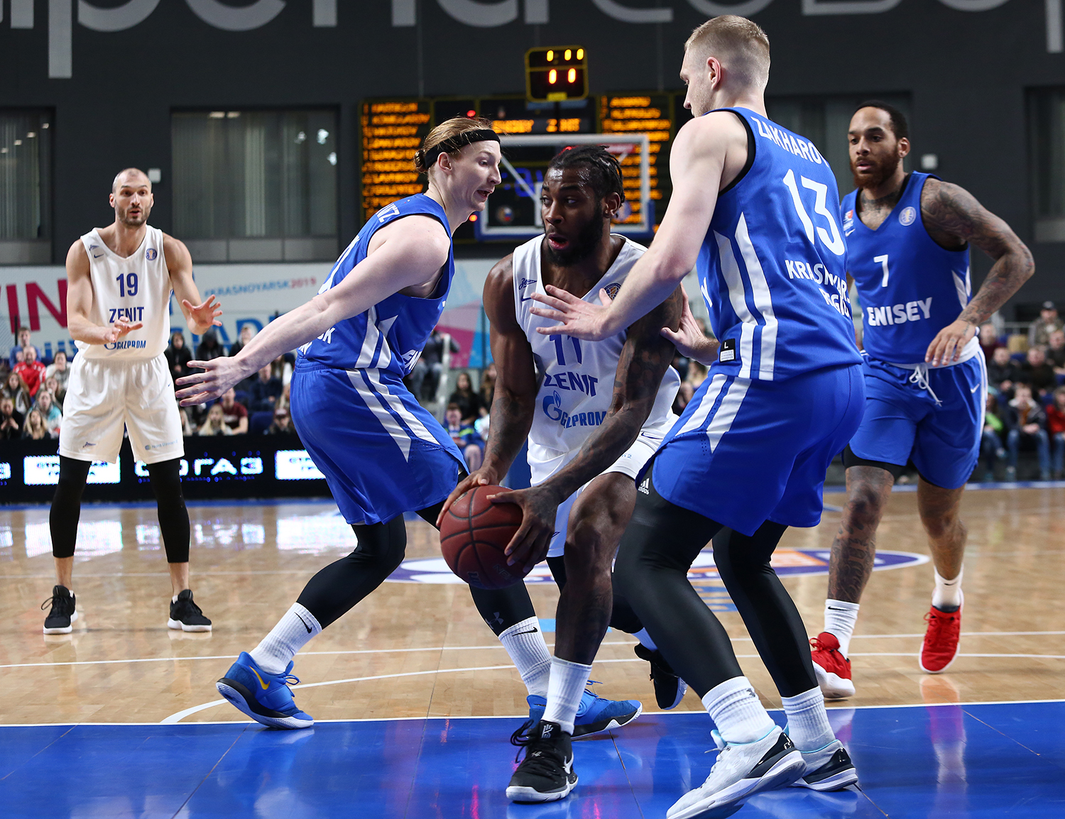 Zenit Survives In Krasnoyarsk, Wins 3rd Straight