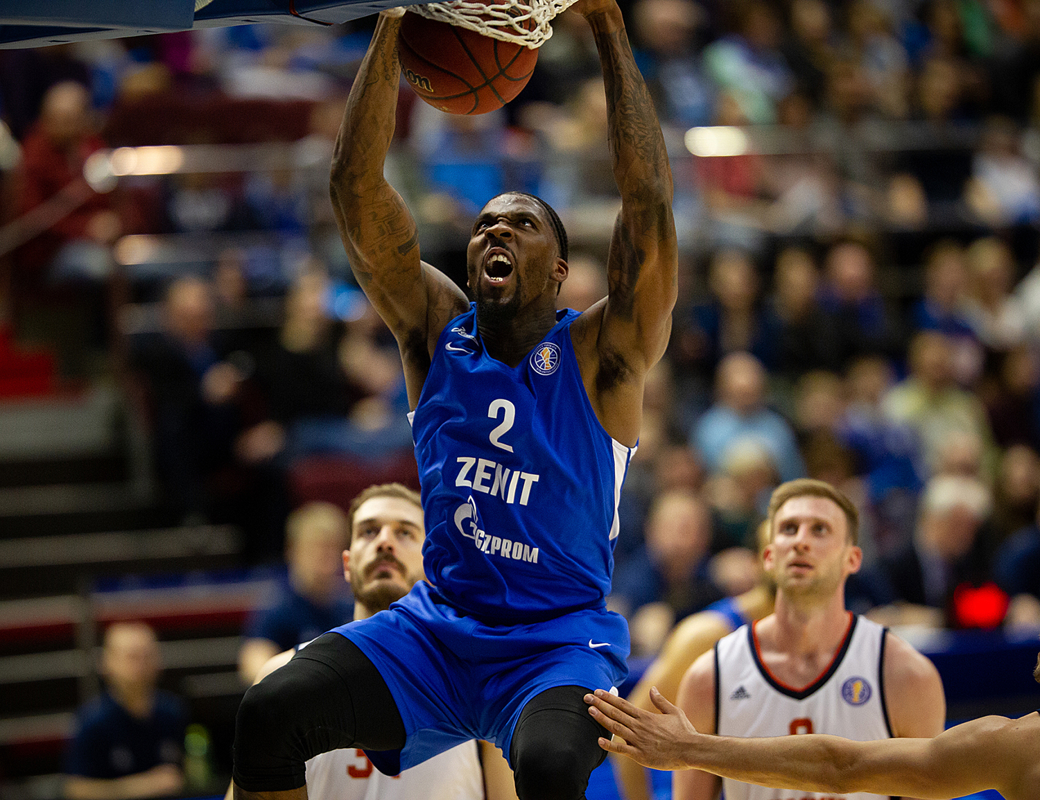 Zenit Weathers Tsmoki Comeback, Wins 4th Straight