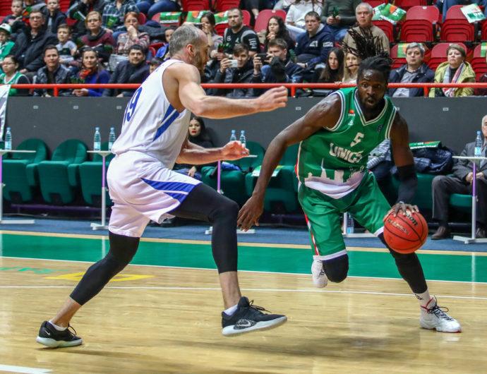 УНИКС одолел «Зенит» и продолжил претендовать на первое место в «регулярке»