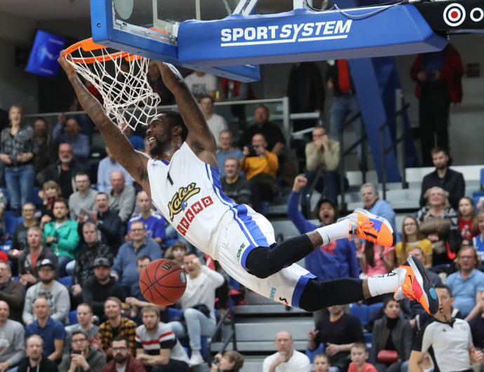 Week 26 In Review: Kalev Clinches 1st Playoff Berth, PARMA Ends UNICS's 1st-Place Hopes