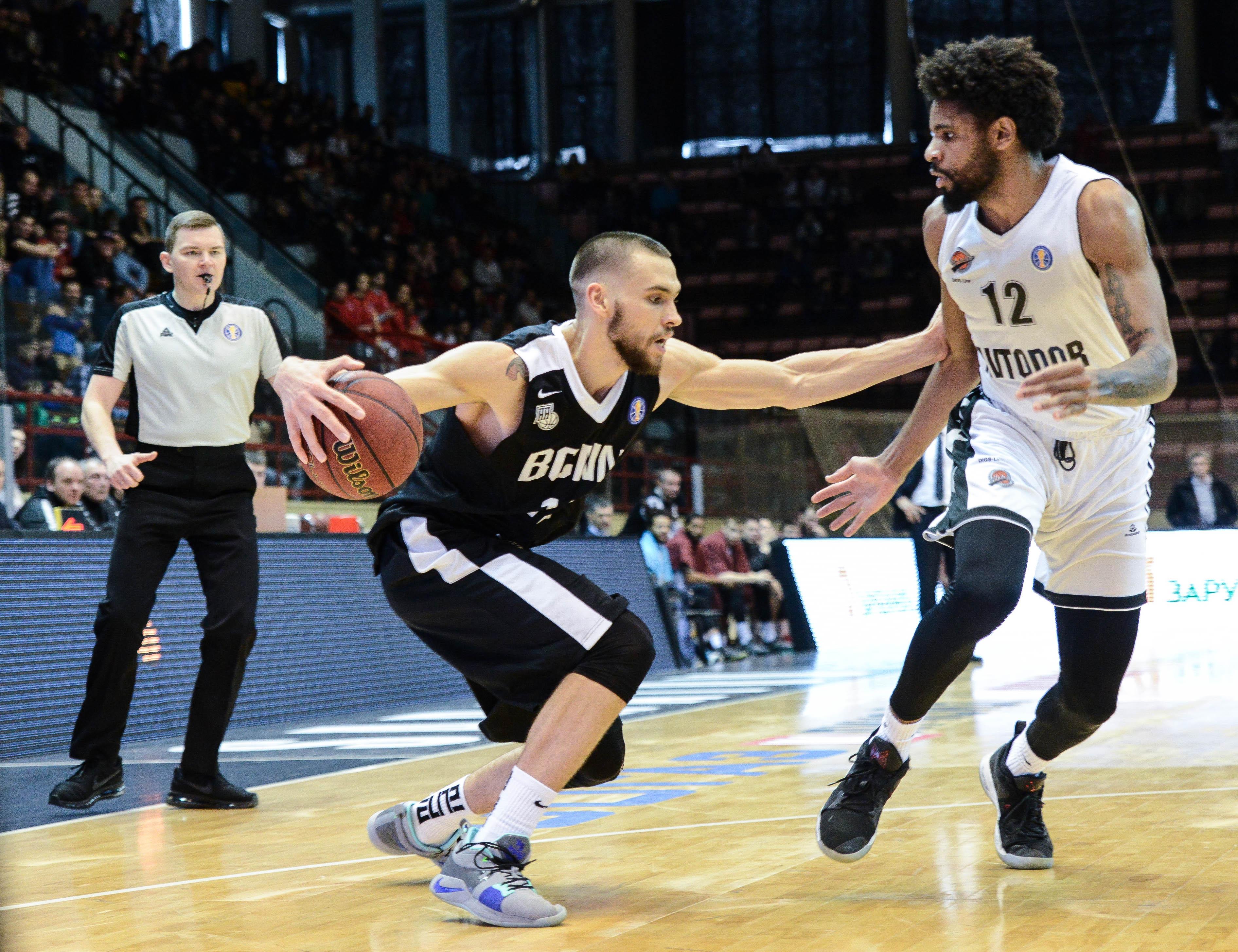 «Нижний» взял реванш у «Автодора» и гарантировал участие в плей-офф