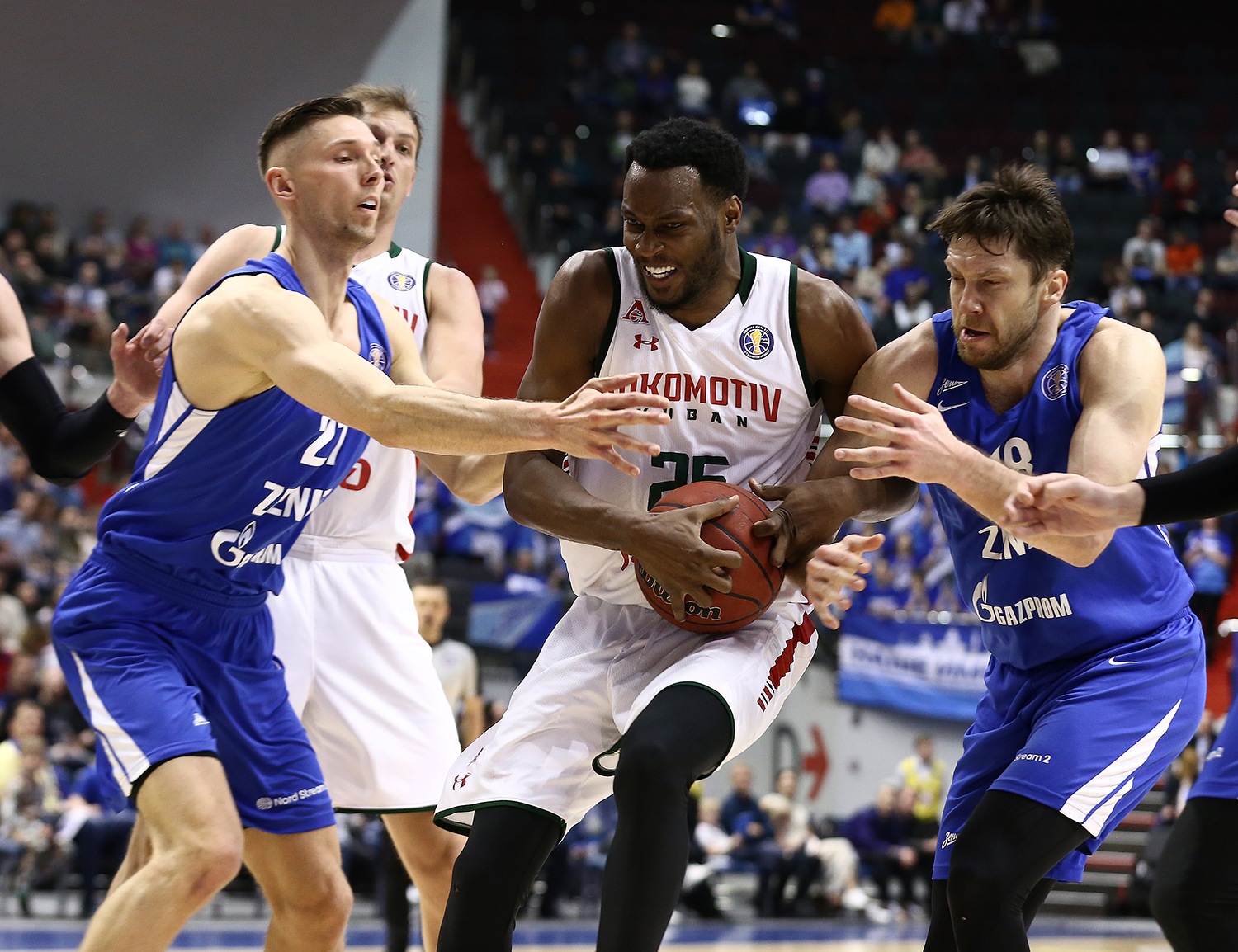 Quarterfinals In Review: Zenit Blocks Loko From Reaching Semifinals, Errick McCollum Switches On Playoff Mode, CSKA, UNICS And Khimki Sweep