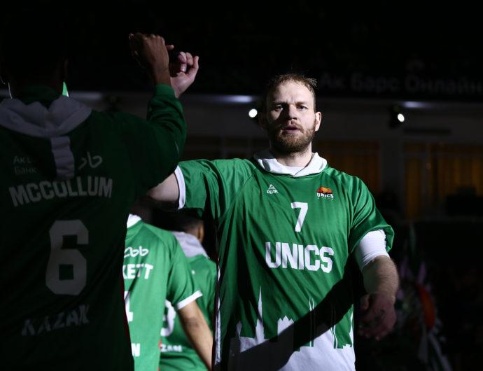 Anton Ponkrashov Joins Zenit
