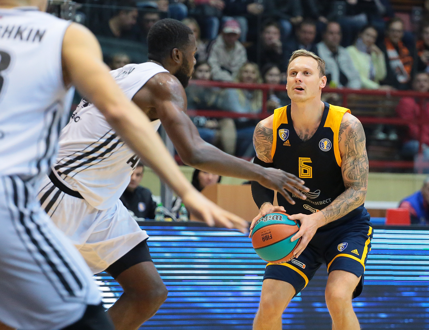 Khimki beat Avtodor and stay undefeated
