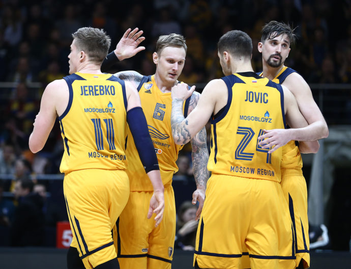 Week 14 in review: Khimki knock out CSKA, UNICS come back from -20, Zenit shows tight D