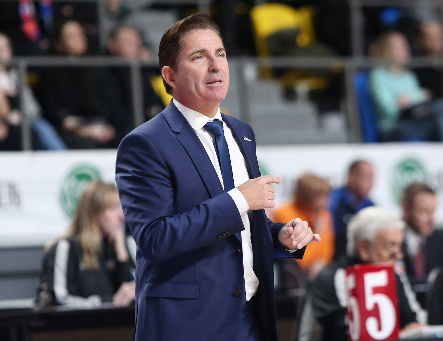Xavi Pascual begins with a win in Krasnoyarsk | VTB United League ...