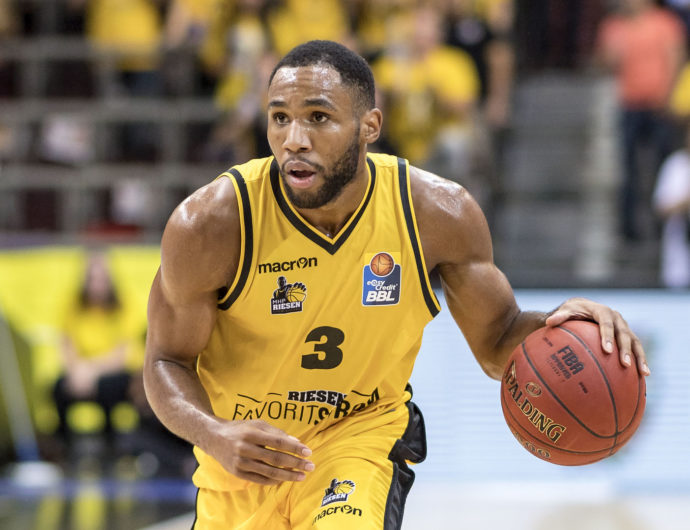Tekele Cotton joins Kalev