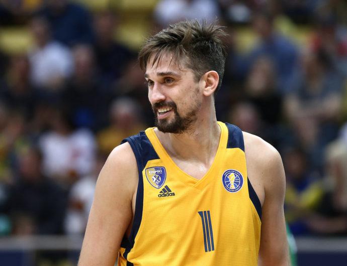 Alexey Shved stays ah Khimki