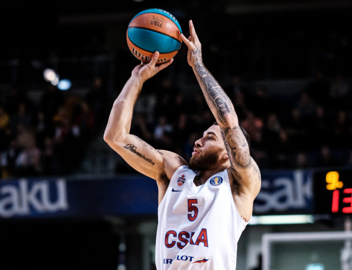 Mike James stays in CSKA