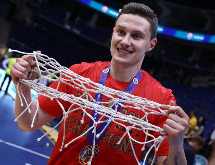Михаил Кулагин стал игроком «Енисея»