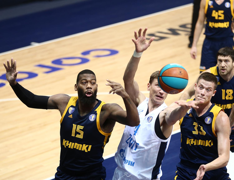 Первый матч сезона: «Зенит» ускорился в 4-й четверти и обыграл «Химки»