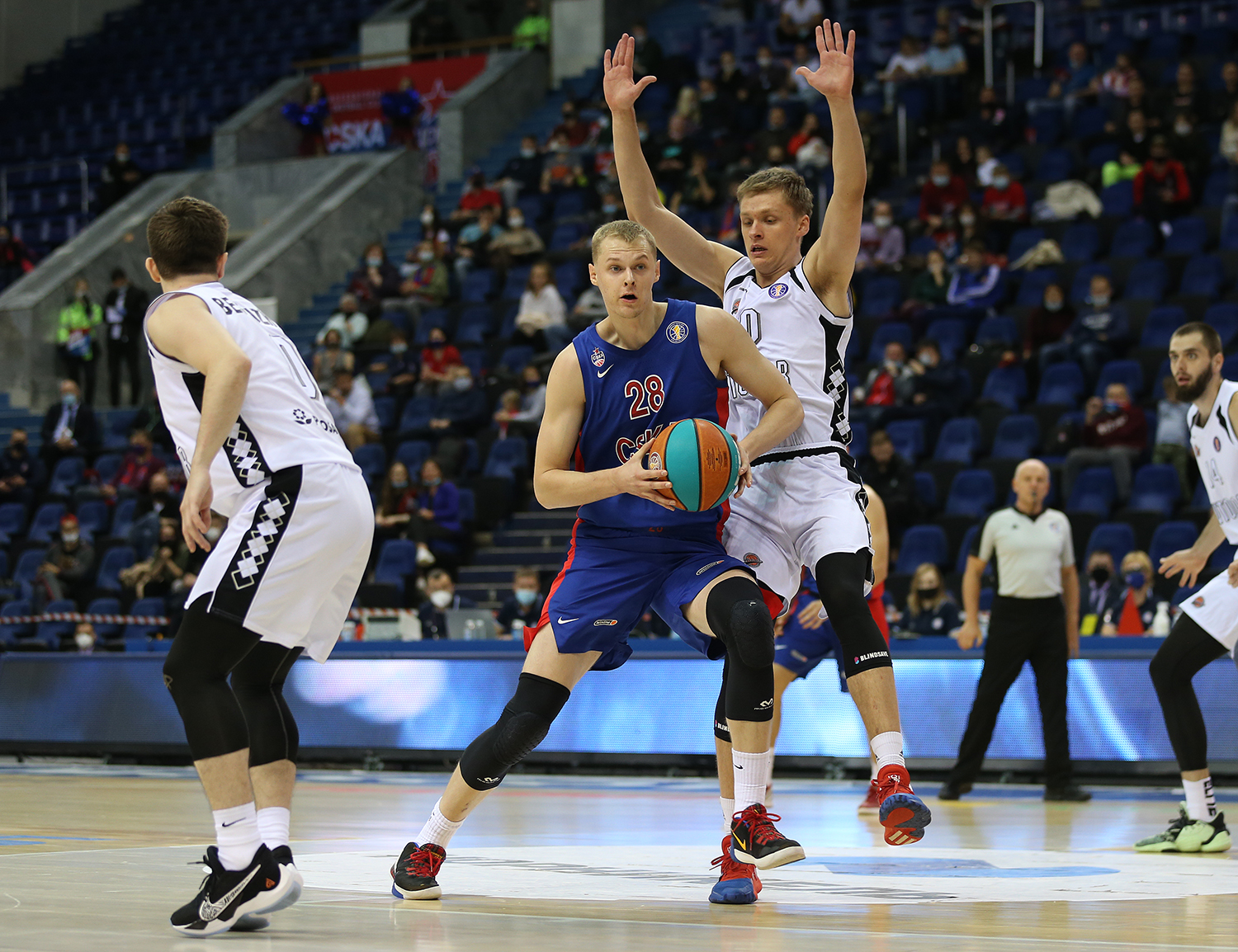 CSKA score 100 first time this season and beat Avtodor