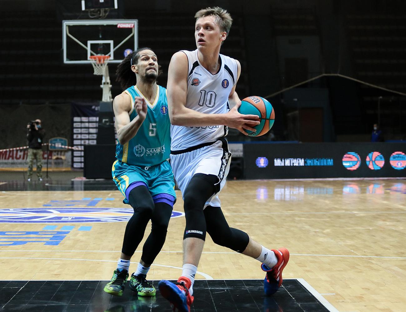 Болельщики «Автодора» признали Никиту Михайловского лучшим игроком команды в октябре