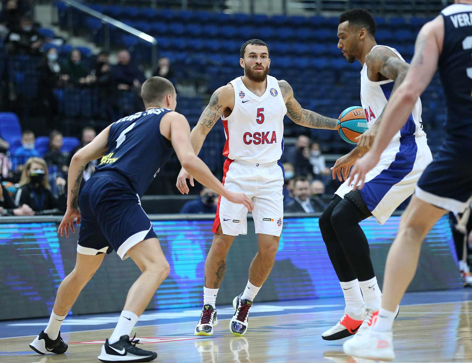 CSKA pace up and outclass Tsmoki in Minsk