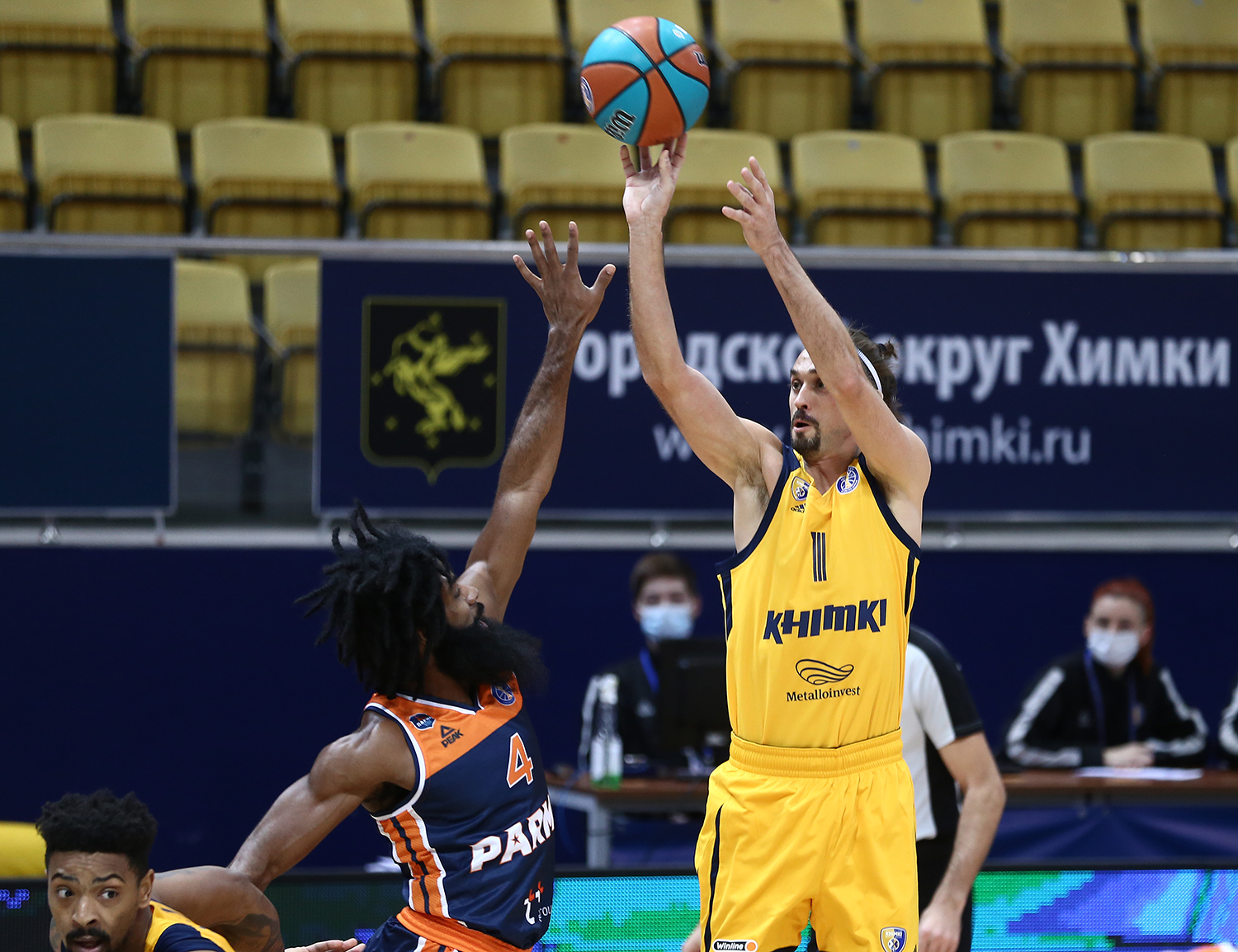 Khimki repeat season-high in threes and get back to the play-off zone