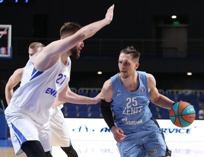«Зенит» начал 2021-й с победы в Красноярске