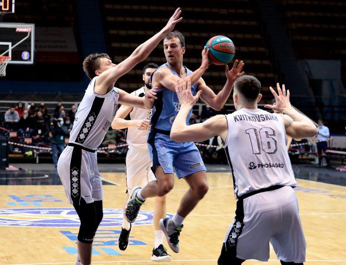 «Зенит» приближается к победе в регулярном чемпионате и усложняет «Автодору» дорогу в плей-офф