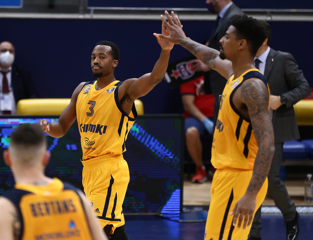 Khimki clinch play-offs