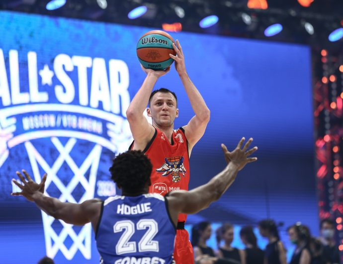 Vitaly Fridzon donated All-Star prize money to charity