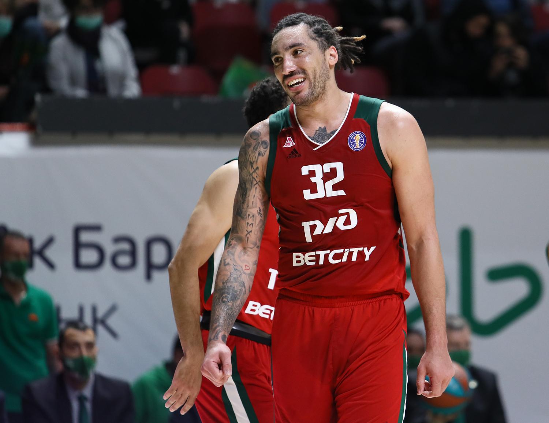 «Локо» победил УНИКС в матче за второе место