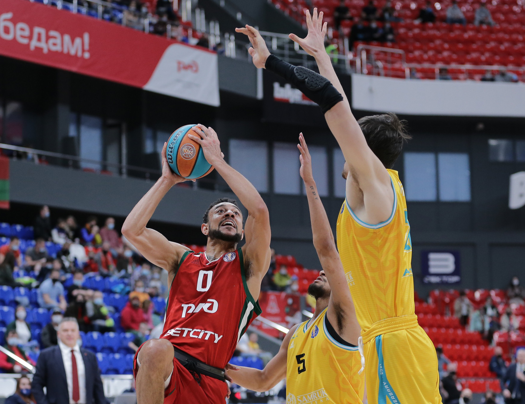 Loko catch CSKA and UNICS in wins number