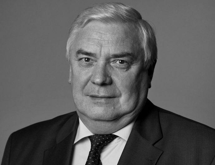 Ушел из жизни заместитель председателя правления СИБУР Владимир Разумов